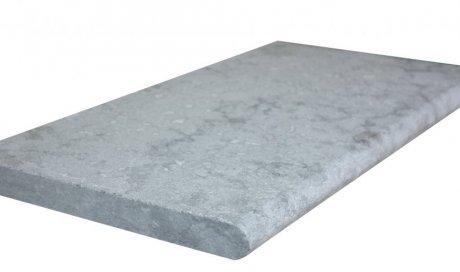 Prix margelles de piscine en pierres naturelles calcaire gris à Fréjus