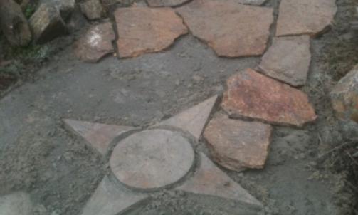Fournisseur de pierre naturelle, galet et mobilier Roquebrune-sur-Argens