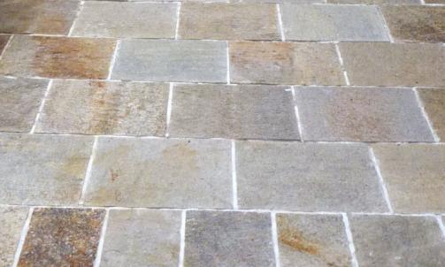 Fournisseur de pierre naturelle, galet et mobilier Gonfaron